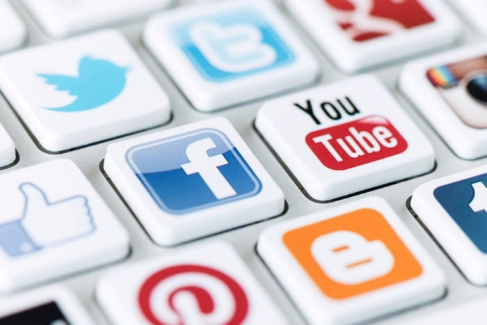 viral marketing, viral, marketing, advantages of viral marketing, viral marketing advantage, effective viral marketing, viral marketing characteristics, build up your brand, viral marketing campaign, fruitful viral marketing